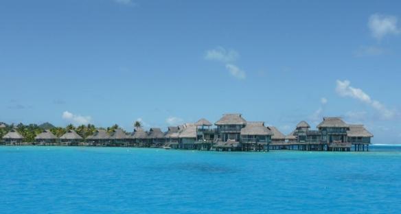 8 Bora Hilton