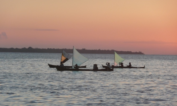 Wanci – Wangi Wangi – Village Bajo de Mola